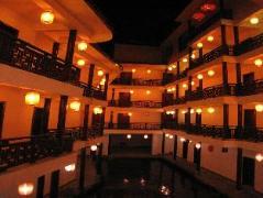 Yangshuo Big Banyan Tree James Joyce Coffetel | Hotel in Yangshuo
