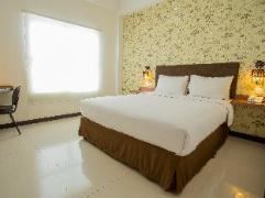 Tree Hotel | Indonesia Budget Hotels