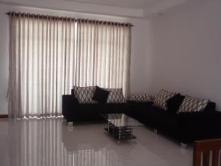 Seatra Residency