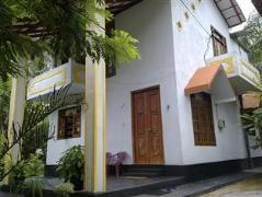 Karu's Guesthouse | Sri Lanka Budget Hotels