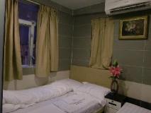 KK Hotel: guest room