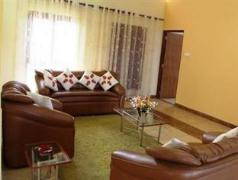 Nisansala Holiday House | Sri Lanka Budget Hotels
