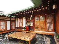 Ohbok Hanok Guesthouse   South Korea Hotels Cheap