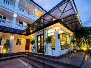 /the-lion-king-hotel/hotel/udon-thani-th.html?asq=jGXBHFvRg5Z51Emf%2fbXG4w%3d%3d