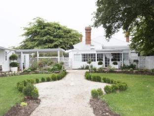 White Dove Bed and Breakfast