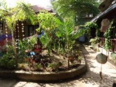 Happy House Homestay Indonesia