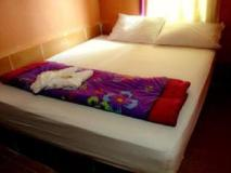 Saypasert Guesthouse: guest room
