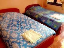 Phetsamone Guesthouse: guest room