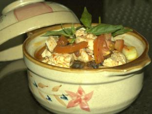 Tab Hotel Surabaya - Makanan dan Minuman