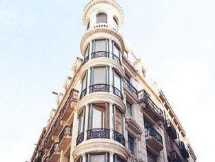 Apartments Sant Jordi Santa Anna Barcelona - Exterior