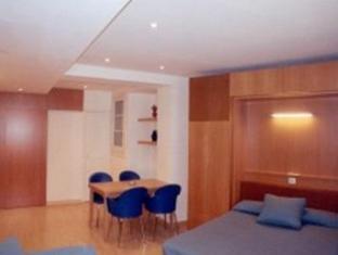 Apartments Sant Jordi Santa Anna Barcelona - Interior