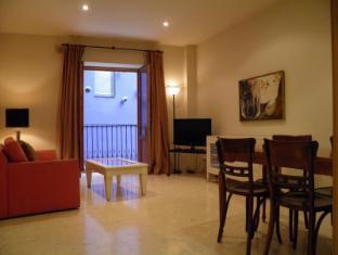 Sant Jordi Apartments Condal