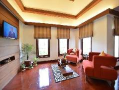 Thurizza Hotel | Myanmar Budget Hotels