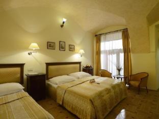 Elite Hotel Prague - Guest Room