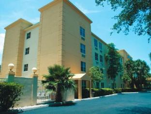 /la-quinta-inn-suites-miami-cutler-bay/hotel/miami-fl-us.html?asq=jGXBHFvRg5Z51Emf%2fbXG4w%3d%3d