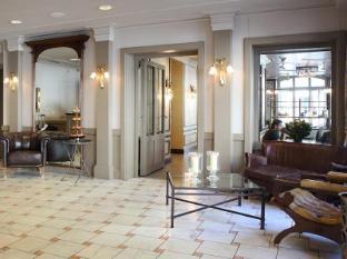 /hotel-montana-zurich/hotel/zurich-ch.html?asq=5VS4rPxIcpCoBEKGzfKvtBRhyPmehrph%2bgkt1T159fjNrXDlbKdjXCz25qsfVmYT
