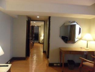 Atrium Hotel Manila - 1 Bedroom Suite