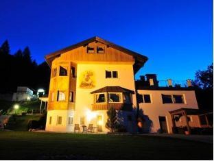 /hotel-garni-drachenburg/hotel/mittenwald-de.html?asq=jGXBHFvRg5Z51Emf%2fbXG4w%3d%3d