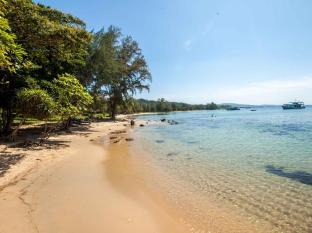 Mango Bay Resort Phu Quoc Island - Beach