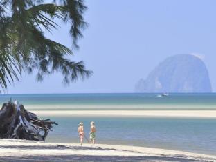 Anantara Si Kao Resort Trang - Beach