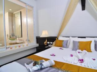 Baan Karonburi Resort Phuket - Deluxe Pool View