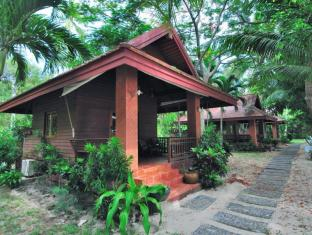 Baan Mai Cottages and Restaurant Phuket - Villa