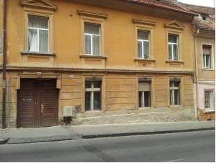 /apartament-wilhelmine/hotel/brasov-ro.html?asq=jGXBHFvRg5Z51Emf%2fbXG4w%3d%3d