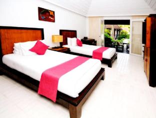 Iyara Beach Hotel & Plaza Samui - Cabana Twin Beds