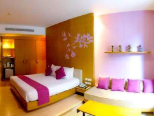 Iyara Beach Hotel & Plaza Samui - Deluxe Room