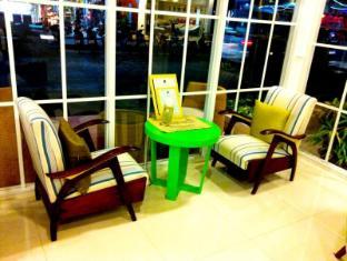 Iyara Beach Hotel & Plaza Samui - Inside Shop