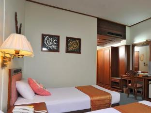 /maeyom-palace-hotel/hotel/phrae-th.html?asq=jGXBHFvRg5Z51Emf%2fbXG4w%3d%3d