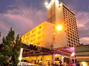 Pornping Tower Hotel Chiang Mai - View