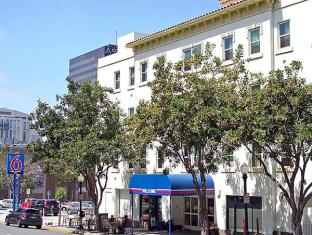 /ca-es/motel-6-san-diego-downtown/hotel/san-diego-ca-us.html?asq=vrkGgIUsL%2bbahMd1T3QaFc8vtOD6pz9C2Mlrix6aGww%3d