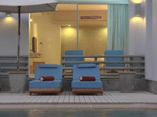 Ramada Phuket Southsea Phuket - Deluxe Club Easy Pool Access