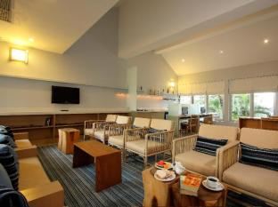 Ramada Phuket Southsea Phuket - Double Fish Club Lounge