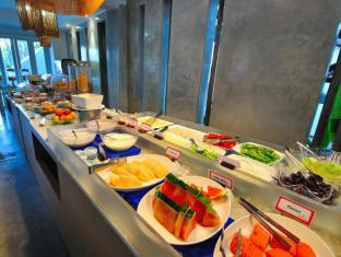 華美達普吉島南海飯店 普吉島 - 餐飲服務