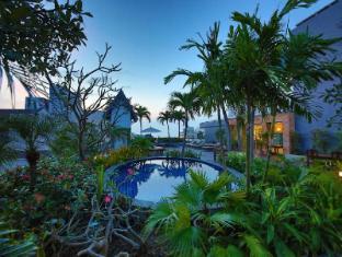 Sunshine Vista Hotel Pattaya - Swimming pool