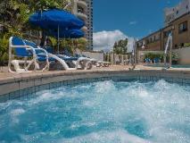 Boulevard North Holiday Apartments: spa