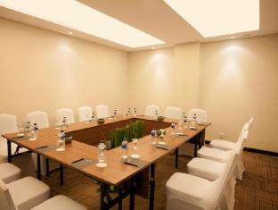 Grand Whiz Hotel Nusa Dua Bali - Meeting Room