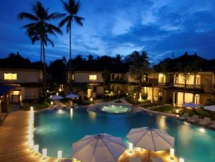 Grand Whiz Hotel Nusa Dua Bali - PremierOverview Pool