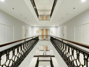 Centre Point Hotel Chidlom Bangkok - Hotel Corridor