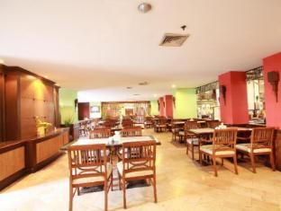 Jomtien Thani Hotel Pataja - Restoranas