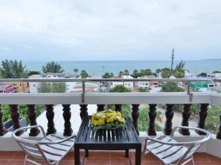 Jomtien Thani Hotel Pataja - Balkonas / terasa