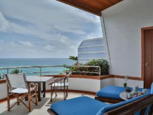 Mom Tris Villa Royale Hotel Phuket - Terrazzo