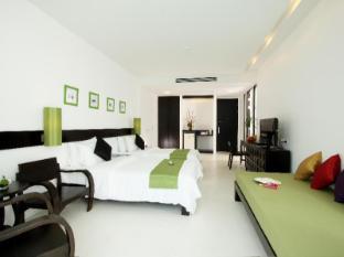 The Old Phuket Karon Beach Resort Phuket - Deluxe Pool View Room - Serene Wing