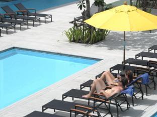The Old Phuket Karon Beach Resort Phuket - The Pool - Serene Wing