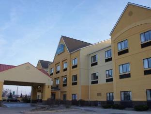 /la-quinta-inn-suites-south-bend/hotel/south-bend-in-us.html?asq=jGXBHFvRg5Z51Emf%2fbXG4w%3d%3d