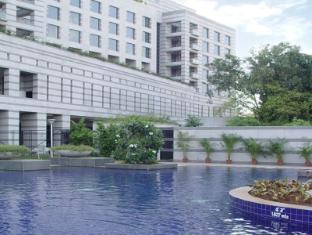 Grand Hyatt Mumbai Mumbai - Hotel Exterior Water Body View