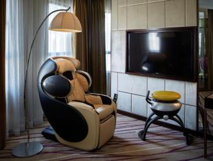 Cosmopolitan Hotel Honkongas - Svečių kambarys