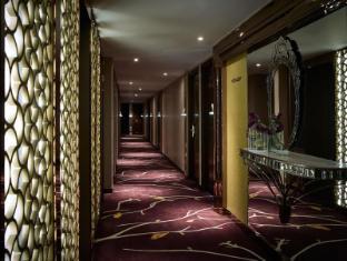 Cosmopolitan Hotel Hong Kong - Interior